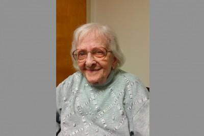 Edna was interviewed on 10/15/15.   Poem written by Sara Aykit.